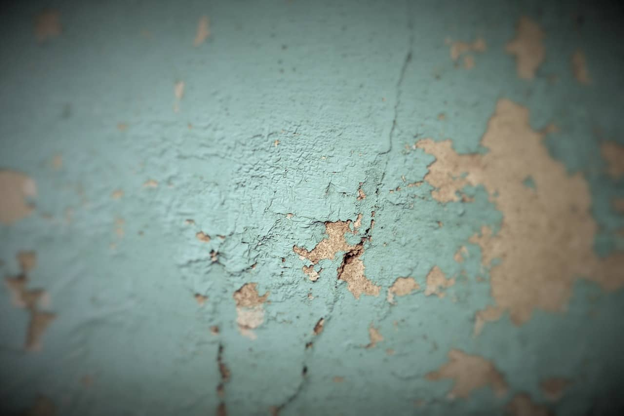 Flaking paint never looks could and can be a health hazard